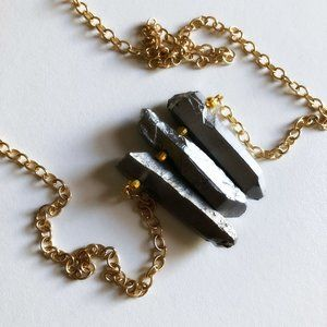 Luxe Couture 14k Gold Hematite Pendant Necklace